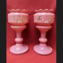 http://www.cerca-trova.fr/14882-thickbox_default/paire-de-vases-en-opaline-rose-d-epoque-louis-philippe.jpg