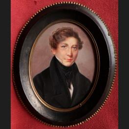 http://www.cerca-trova.fr/15932-thickbox_default/ecole-francaise-d-epoque-restauration-portrait-de-jeune-homme-en-redingote-miniature.jpg