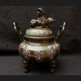http://www.cerca-trova.fr/18281-thickbox_default/brule-parfum-tripode-en-bronze-et-emaux-cloisonnes-japon-circa-1900.jpg