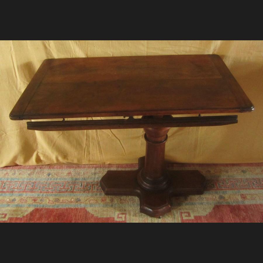 Table m canique de malade ou bless en noyer de la maison - Maison regionale des arts de la table ...