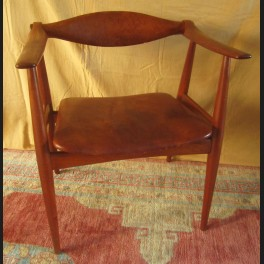 http://www.cerca-trova.fr/2262-thickbox_default/hans-wegner-fauteuil-en-teck-et-cuir-ch-34-1959.jpg